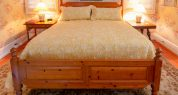 Farmhouse bedroom_9817 (1)
